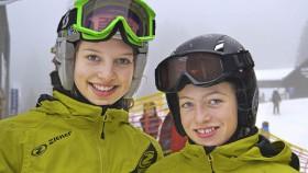 Lea Mai und Elena Längin beim Scott Cup 2014 an der FIS Weltcup Strecke am Ahornbühl